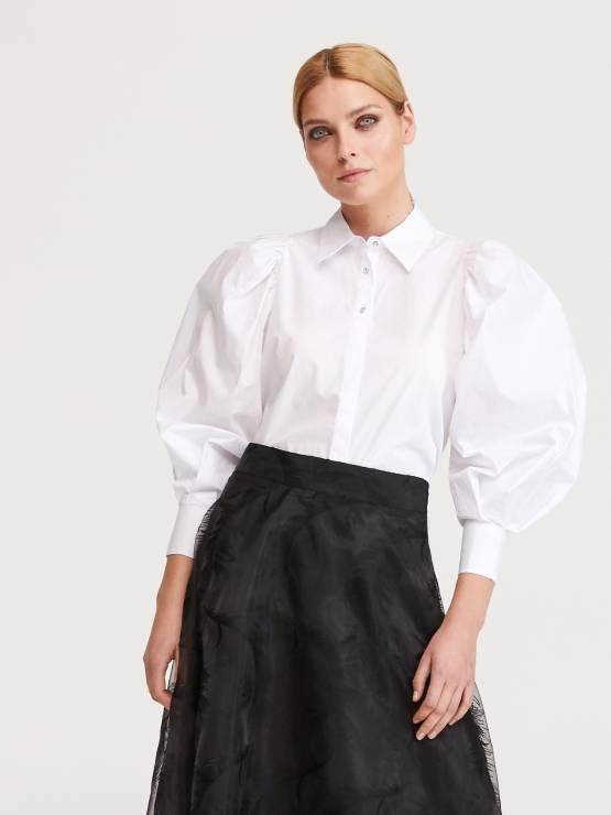 Koszula z bufiastymi rękawami Reserved przeceniona o 20% - Cyber Monday 2019: gdzie jeszcze trwają promocje online?