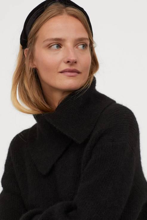 Sweter H&M przeceniony o 60% - Cyber Monday 2019: gdzie jeszcze trwają promocje online?