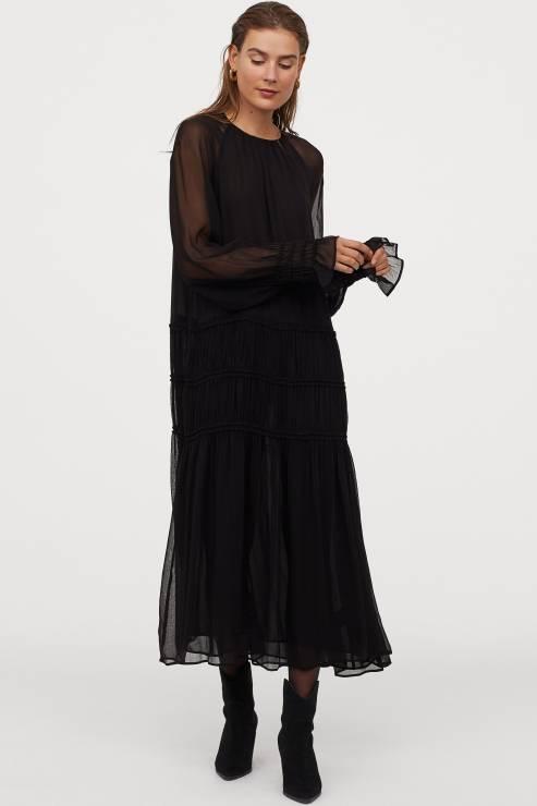 H&M Trend sukienka; 199,99 zł - Sukienki na Sylwestra 2019 z sieciówek: nasze typy!