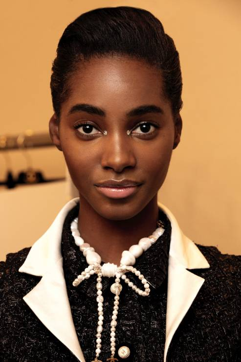 Makijaż na święta i Sylwestra z pokazu Chanel Metiers d'Art - Makijaż na święta i Sylwestra z pokazu Chanel Metiers d'Art: zainspirujcie się!