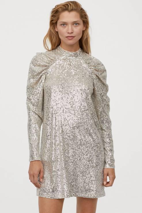 Sukienka H&M; 149,99 zł - Sukienki na Sylwestra 2019 z sieciówek: nasze typy!
