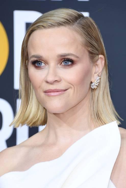 Reese Witherspoon - 5 zabiegów bankietowych gwiazd – oto sekret idealnej cery na czerwonym dywanie