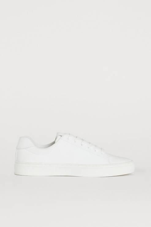 Trampki H&M - Trendy moda wiosna 2020: modne sportowe buty na nowy sezon