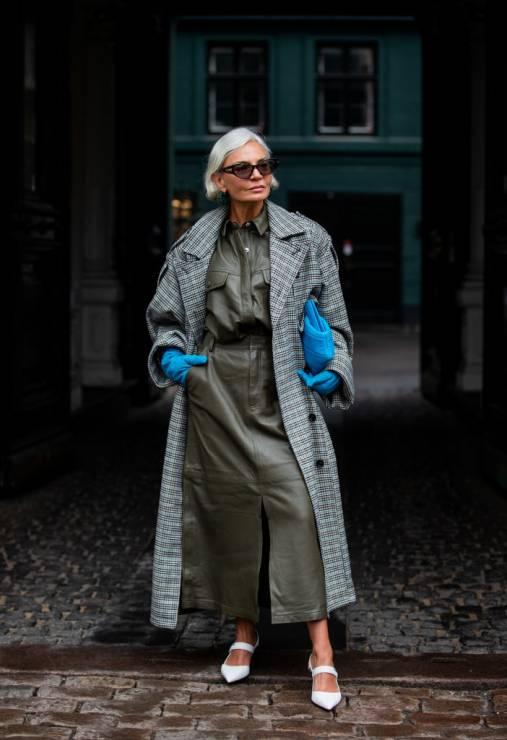 Modne płaszcze w kratkę na wiosnę 2020 - To najmodniejsze płaszcze na wiosnę 2020: moda trendy wiosna 2020