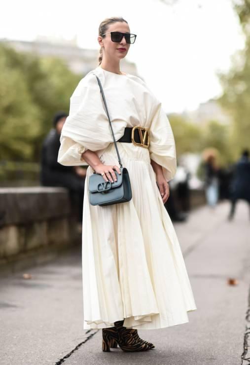 Modne ubrania z bufkami na wiosnę: trendy moda 2020 - Trendy moda wiosna 2020: modne ubrania z bufkami na wiosnę 2020