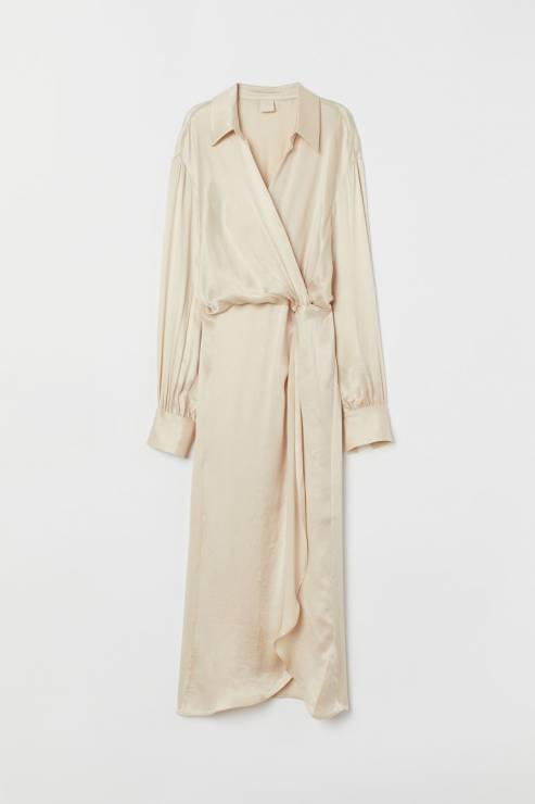 Sukienka z domieszką cupro 99,90 zł z 229,99 zł - H&M wyprzedaż wiosna 2020: 20 rzeczy, które muszą się znaleźć w twojej szafie
