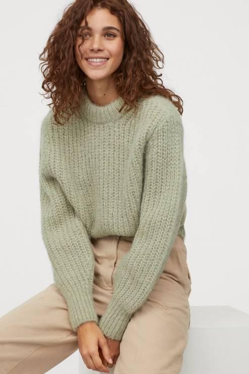 Sweter z domieszką alpaki 139,990 zł z 229,99 zł - H&M wyprzedaż wiosna 2020: 20 rzeczy, które muszą się znaleźć w twojej szafie