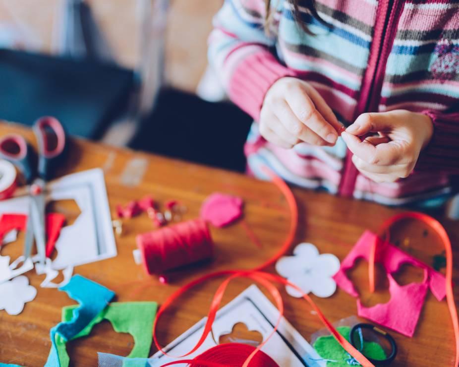 Szycie zabawek - 10 inspirujących pomysłów na zabawy z dziećmi w domu [OKIEM MAMY]
