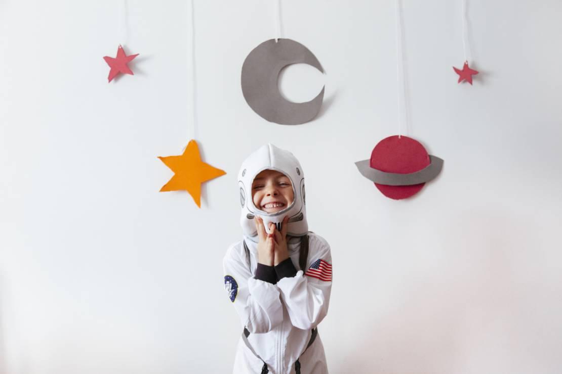 Zabawa w teatr - 10 inspirujących pomysłów na zabawy z dziećmi w domu [OKIEM MAMY]