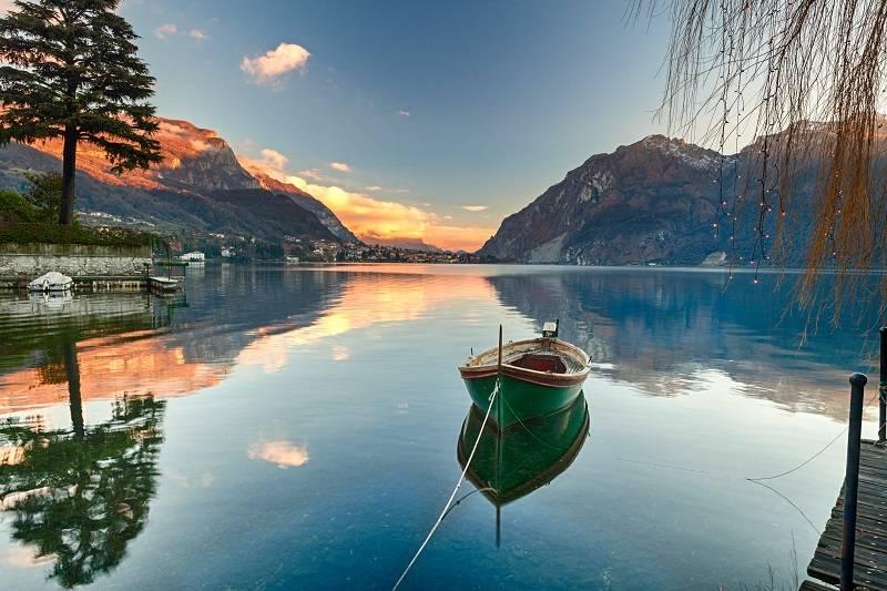 """Jezioro Como - Włoskie wakacje z Frances Mayes. """"Pod słońcem Italii"""" to perełka wśród przewodników"""
