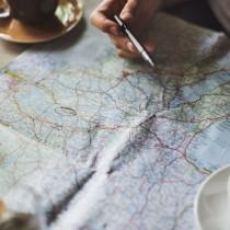 Długo studiujesz mapę i wybierasz najbezpieczniej miejsce