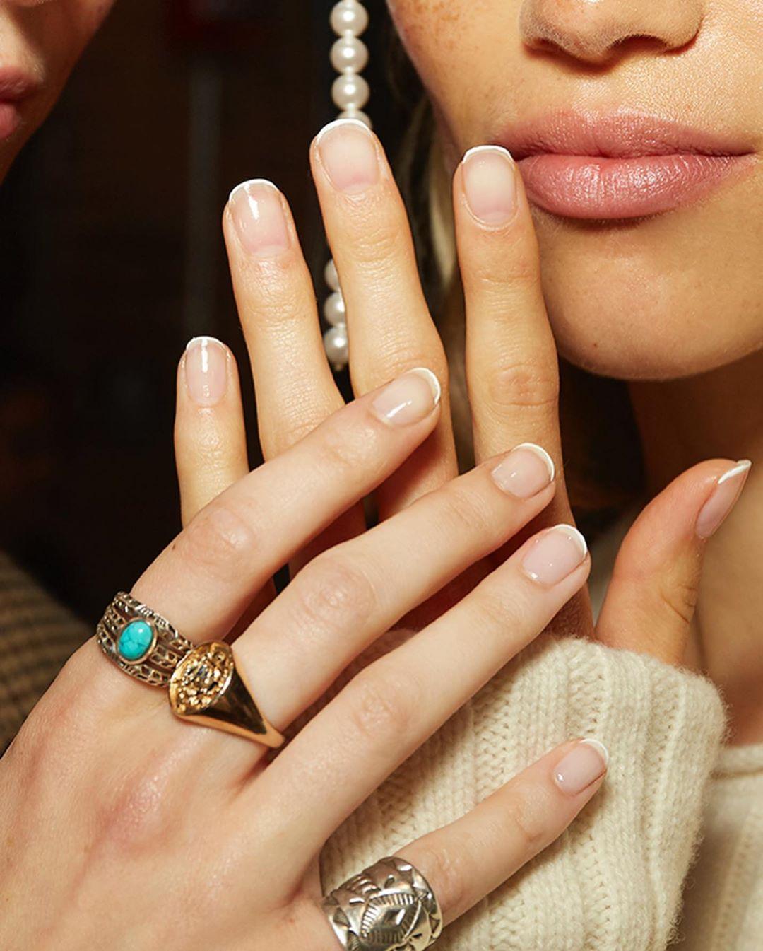 Trendy Uroda 2020 French Manicure Najmodniejsza Stylizacja